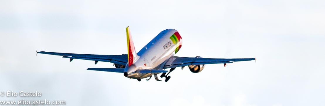 airplane tap